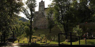 10 destinatii bune de camping din Europa pe perioada pandemiei de COVID-19